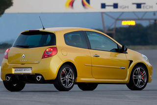 Renault_Clio_III_RS_2009_003.jpg